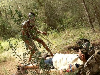 Sexo Zulú con Bianka de la selva. ¿Dr. Kevin White, supongo?